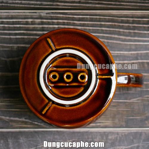 Đáy của phễu lọc cà phê Kalita 102