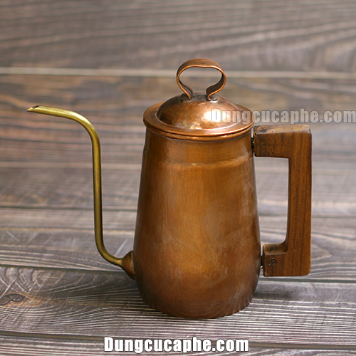 Ấm rót cà phê thủ công bằng đồng đỏ 700ml Hammer S700 Hàn Quốc