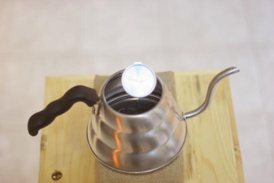 Hướng dẫn pha cà phê Drip kiểu Nhật bằng giấy lọc Hario