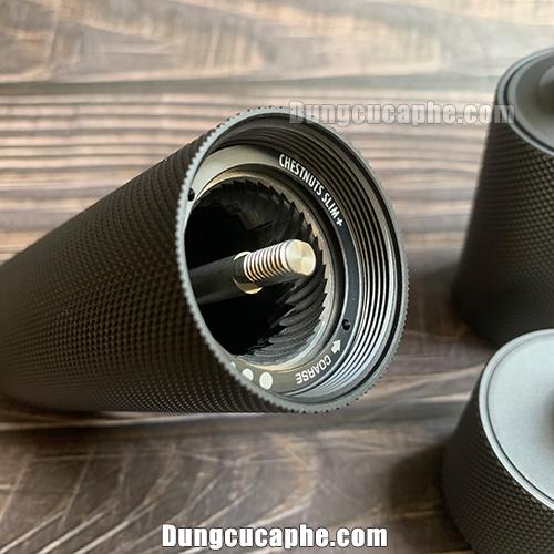 Bộ đĩa bên trong được bo tròn giúp cà phê thoát nhanh hơn so với bản đĩa thường