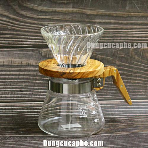 Bộ dụng cụ pha cà phê Pour Over Hario V60 Nhật Bản gồm bình đựng và phễu lọc gỗ ô liu 02