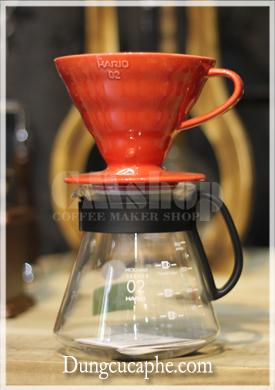 Bộ phễu lọc cafe Hario v60 đỏ 02 và ấm đựng cà phê