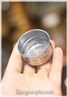 Filter của ấm Moka 2 cup khoảng 20g cà phê