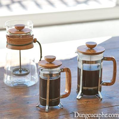 French Press khá đẹp và đa dụng khi vừa có thể pha trà và cà phê