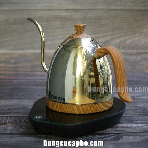 Hình ảnh ấm rót Brewista Artisan phiên bản Champion được chụp trực tiếp tại cửa hàng iCup