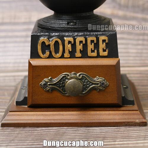 Họa tiết bắt mắt của chiếc cối xay cà phê BE9888