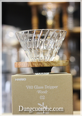 Hario V60 Glass Dripper Olive Wood 02