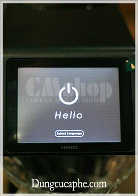 Màn hình cảm ứng hiện đại của máy pha Pour Over