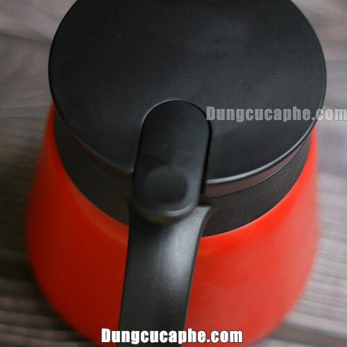 Nút ấn để đóng mở bình đựng kim loại cà phê Hario