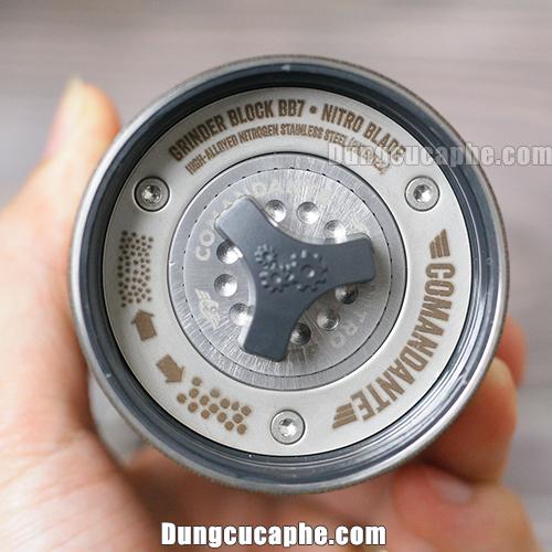 Phần điều chỉnh cỡ của máy xay tay cà phê Comandante