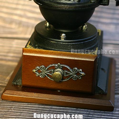 Phần trước hộc đựng bột cà phê họa tiết cổ điển Máy xay tay cafe cổ điển BENG 8701-1