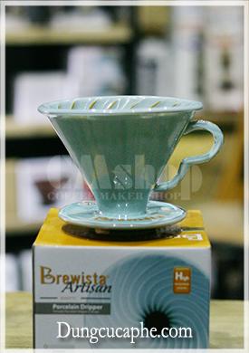 Phễu lọc cà phê Brewista men rạn màu xanh ngọc lam Tornado Porcelain Dripper 02