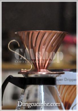 Phễu lọc pha cà phê hario V60 bằng đồng cỡ 02
