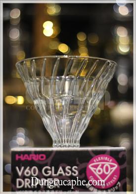 Phễu lọc thủy tinh Hario 02 tách đáy để sử dụng với giá đỡ khác