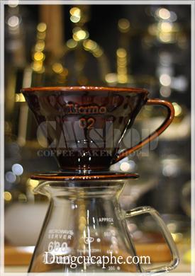 Phễu pha cà phê Tiamo V60 sứ nâu 02