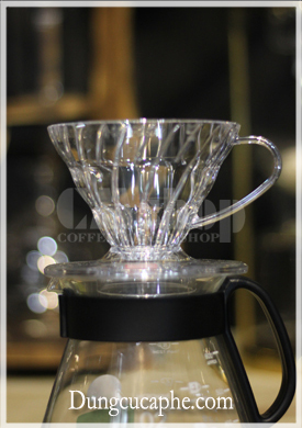 Phin lọc cà phê hình nón nhựa Hario V60 Dripper Transparent