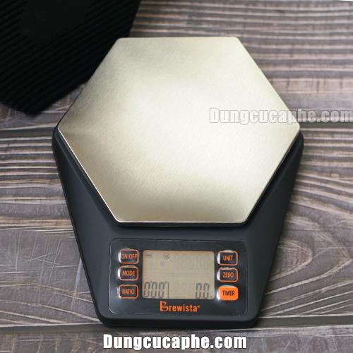 Sản phẩm cân Brewista Ratio siêu chống nước với mặt cân có thể cân bình pha Chemex 6cup thoải mái