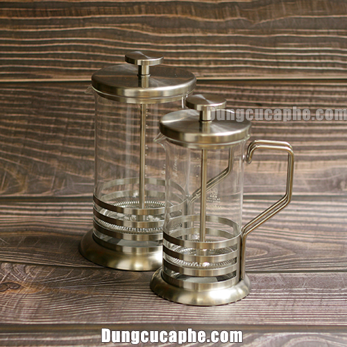 So sánh kích thước của bình French Press Hario 300ml và French Press Hario 600ml