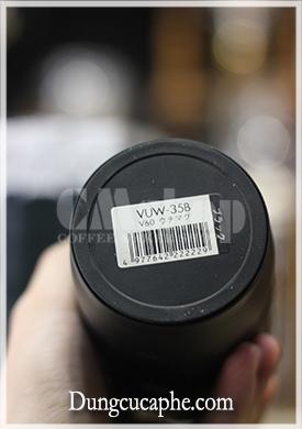 Tem mã sản phẩm dưới đáy bình