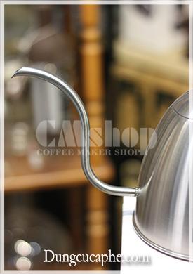 Vòi cổ ngỗng mềm cho dòng chảy cực kỳ êm ái và dễ điều chỉnh