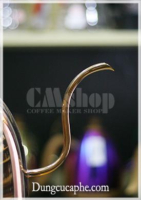 Vòi rót cổ ngỗng của ấm và bếp đun Brewista Artisan 600ml màu rose gold